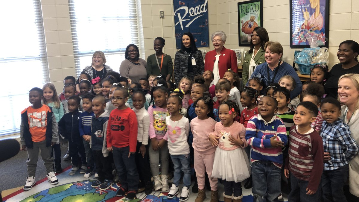 Gov. Ivey reads to students at Providence Elementary School