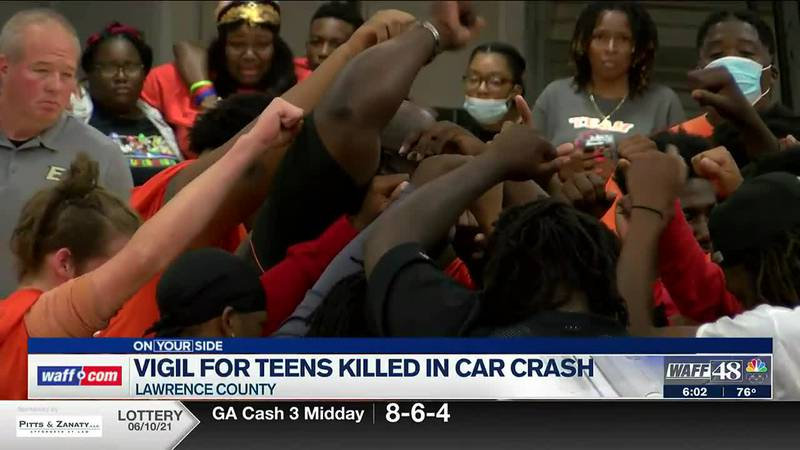 Vigil held for teens killed in Lawrence County car wreck