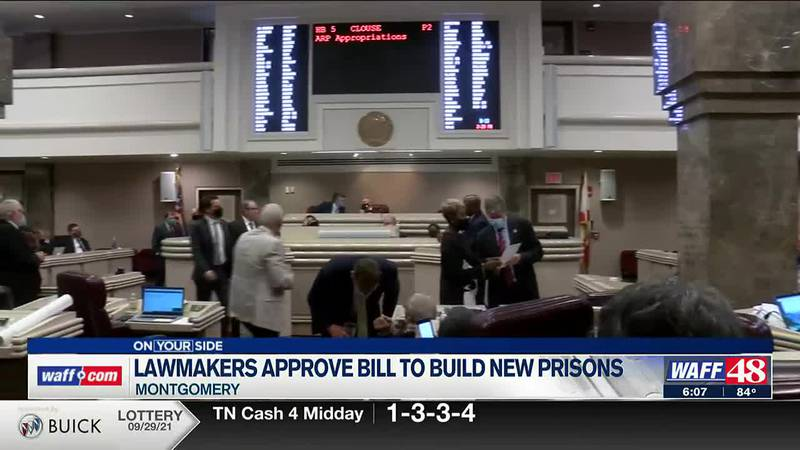 Lawmakers approve bill to build new prisons