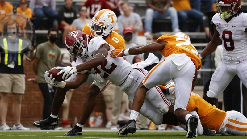 10/24/20 MFB Alabama vs TennesseeAlabama running back Najee Harris (22)Photo by Kent Gidley