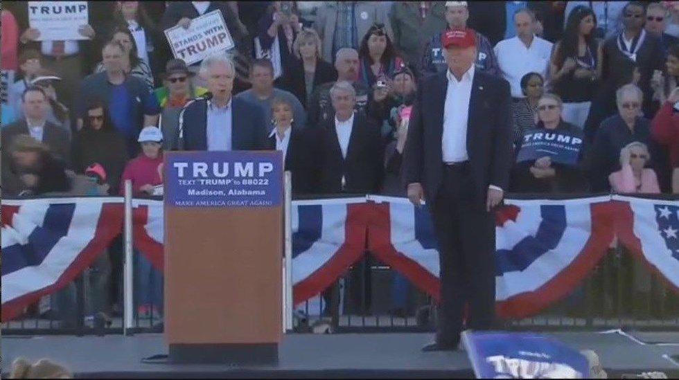 Alabama Republican Senator Jeff Sessions endorses Trump at rally event on Feb. 28. (Source: WAFF)