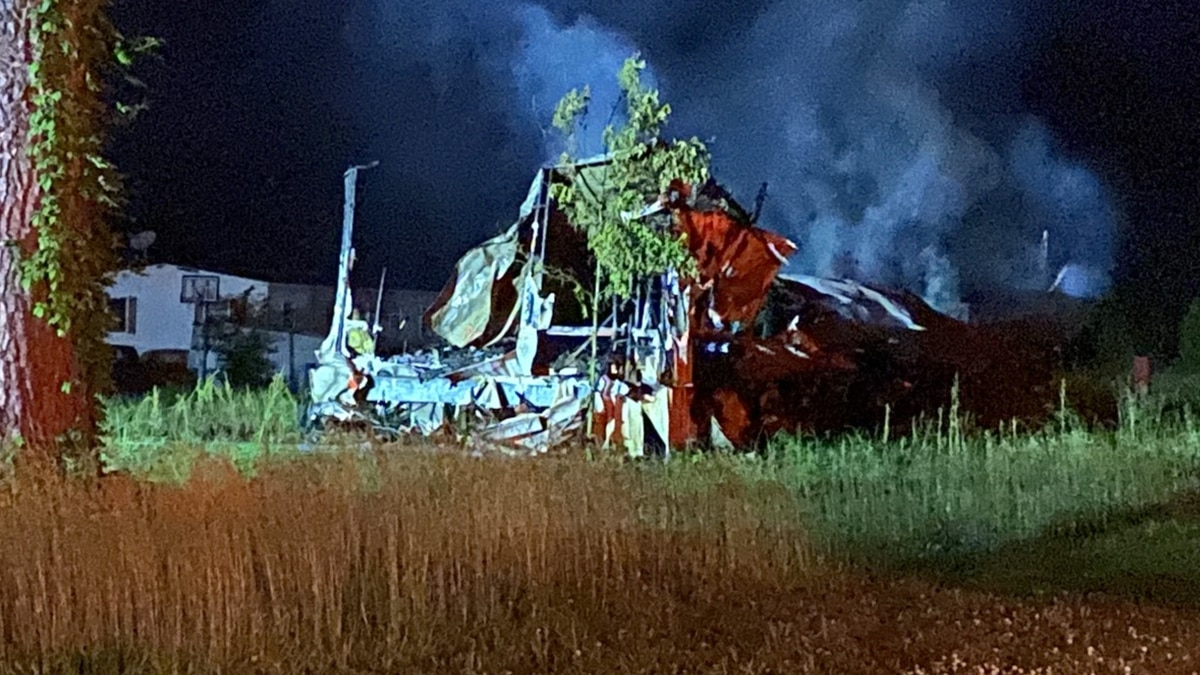 Wednesday morning fire destroys mobile home in Toney