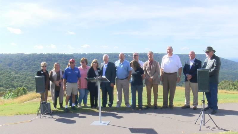 City leaders from Jackson County at Weathington Park for Tennessee Riverline Program...