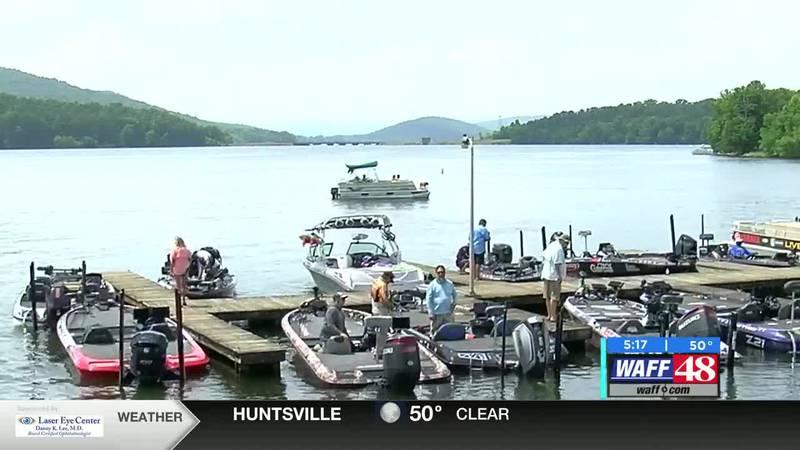 Bassmaster Elite begins on Lake Guntersville