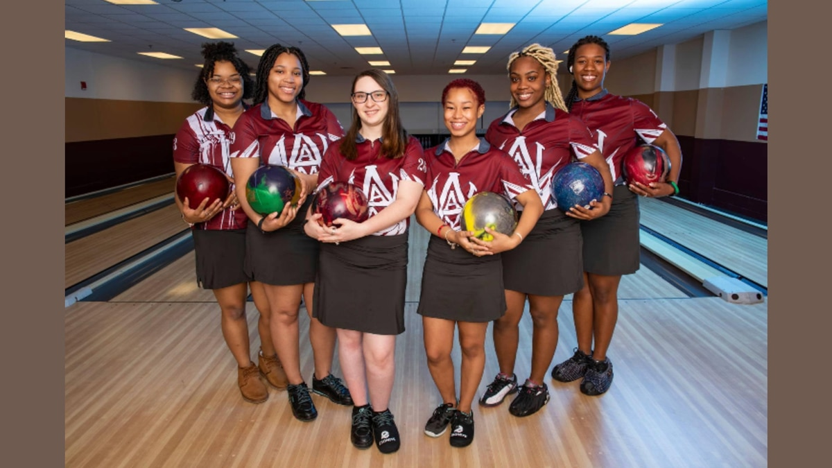 Alabama A&M Bowling Team crushes it in and out of the lanes.
