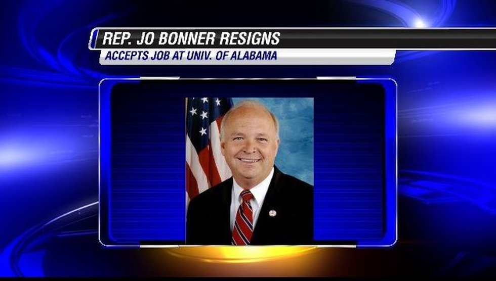Bonner's resignation will take effect in mid-August.