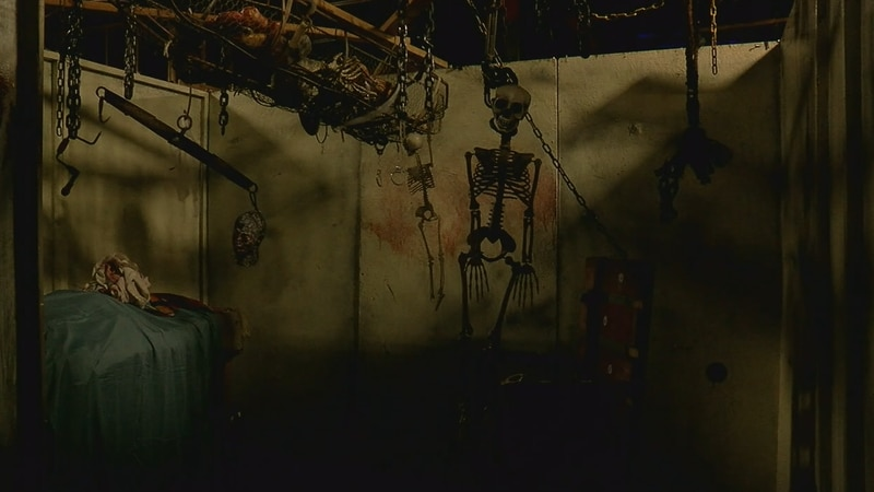 Haunted Houses scaring people safely during pandemic