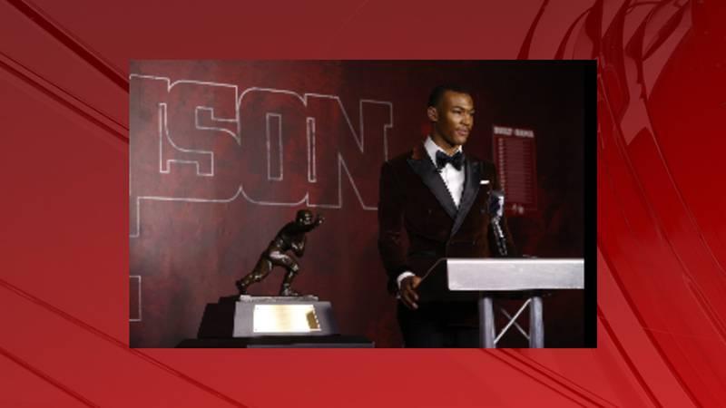 DeVonta Smith wins the Heisman Trophy Award