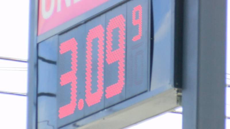 Gas priced at $3.09 in Fort Payne.